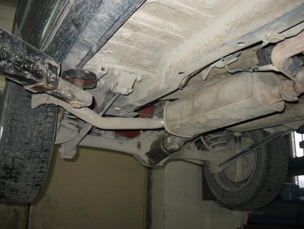 Шевроле нива ремонт глушителя своими руками 140