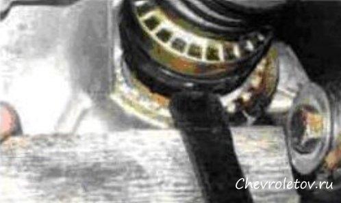 как на chevrolet lanos затянуть гранату