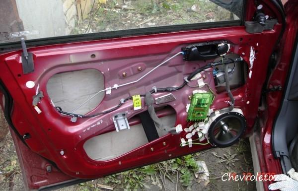 просмотра:) сколько стоит обшивка багажника на лачети что будет, если