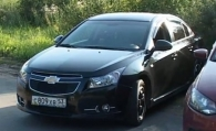 Дуэль VW Polo Sedan vs Chevrolet Cruze
